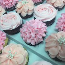 <span>Specialty</span>  Cupcakes